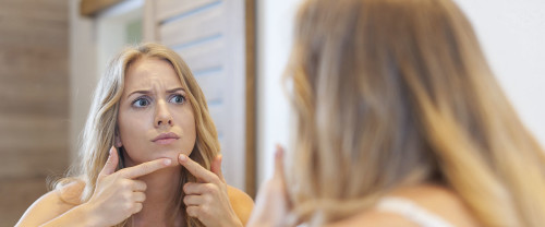Acne da mascherina: che soluzioni adottare?