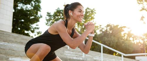 10 esercizi interno coscia per gambe sode e snelle