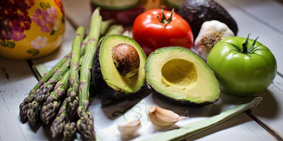 Dieta chetogenica: cos'è, pro e contro