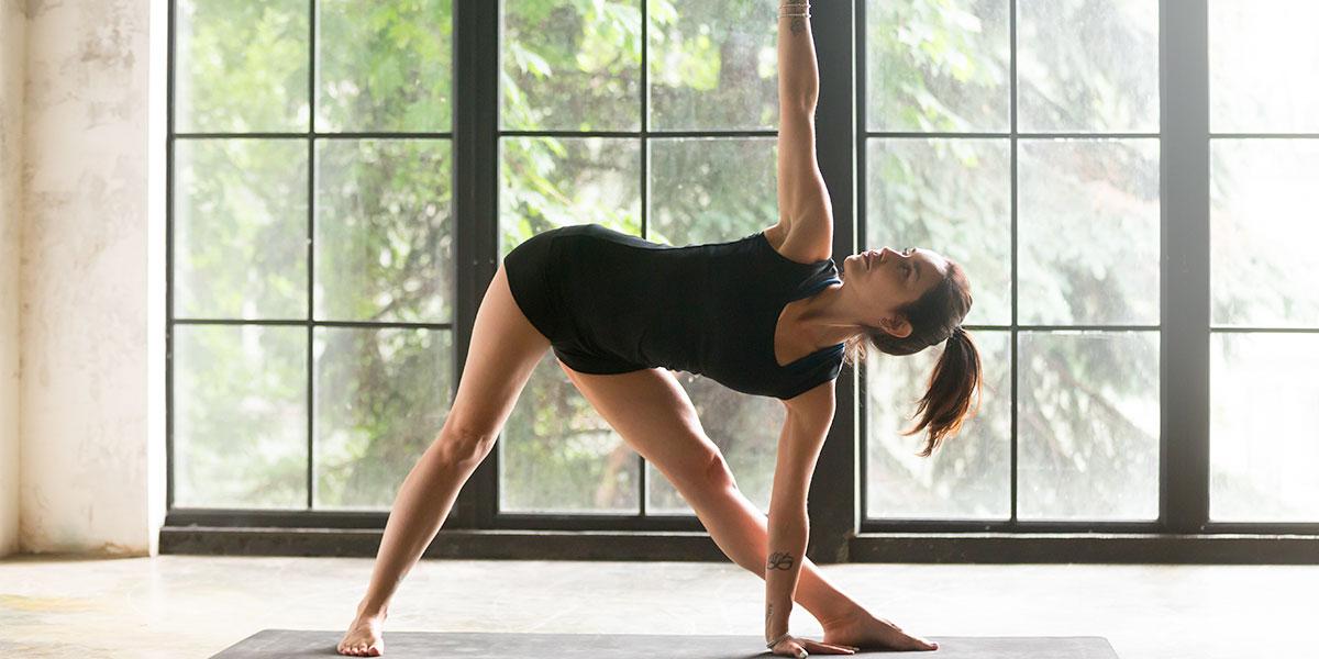 kundalini yoga, posizione del triangolo