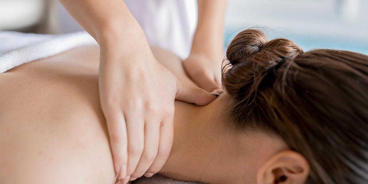 Persona che riceve un massaggio